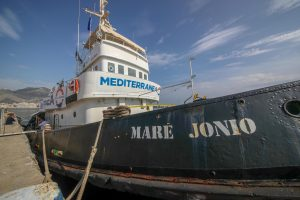nave mar jonio mediterranea saving humans