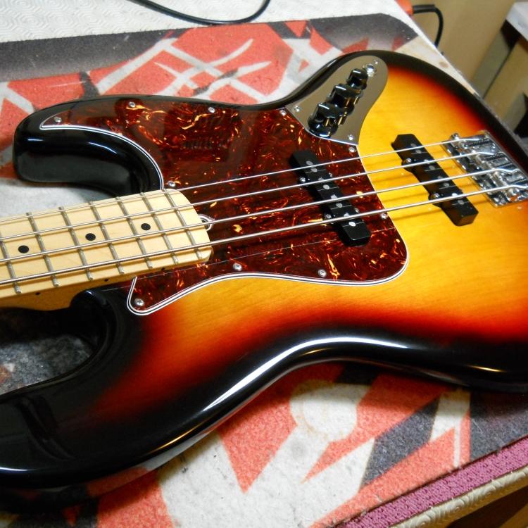 jazz-bass-restauro-cassa-9